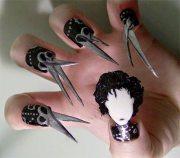 halloween style nail art inspo