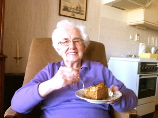Eerst taart uit de Domstad voor het eerste interview begint...