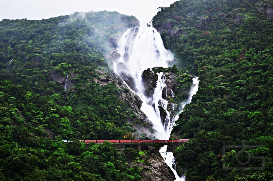 Jog Falls Hd Wallpaper Dudhsagar Falls India S 4th Highest Amp Most Beautiful