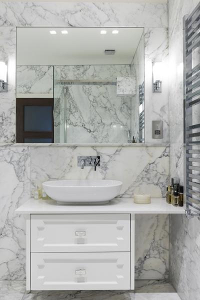 0208-calacatta-marble-bathroom-white-vanity-nw8-st-johns-wood-vorbild-architecture-9
