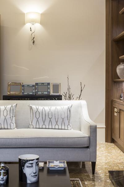 0208-formal-reception-room-white-sofa-nw8-st-johns-wood-vorbild-architecture-68
