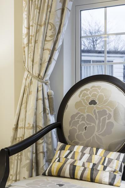 0208-master-bedroom-beige-curtains-chair-nw8-st-johns-wood-vorbild-architecture-14