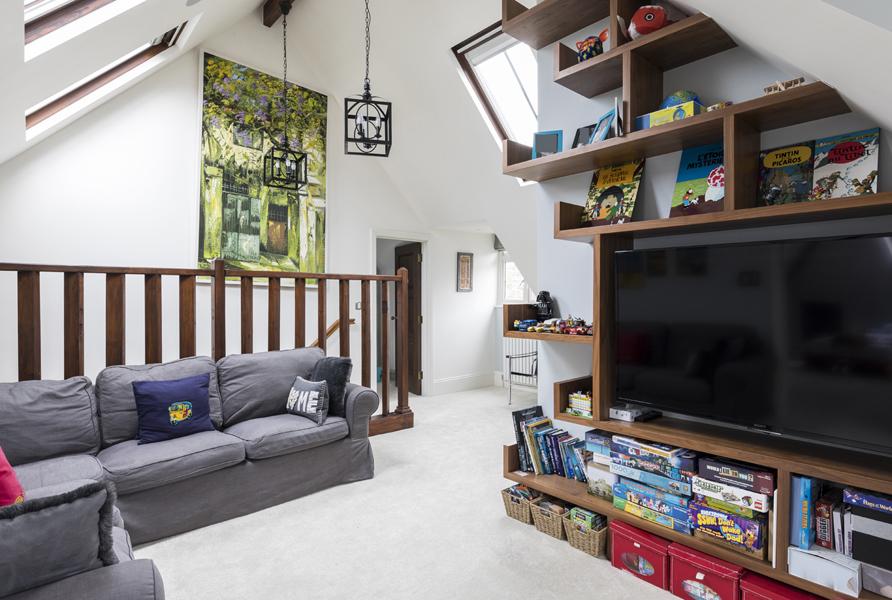 0208-mezzanine-play-room-loft-shelves-nw8-st-johns-wood-vorbild-architecture-31