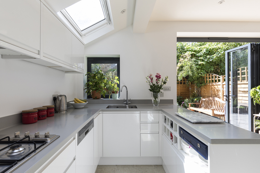 0227-small-rear-kitchen-extention-white-cabinets-london-vorbild-architecture-21