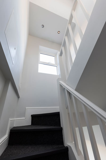 0247-developer-roof-extension-2-flats-earls-court-vorbild-architecture-staircase-13