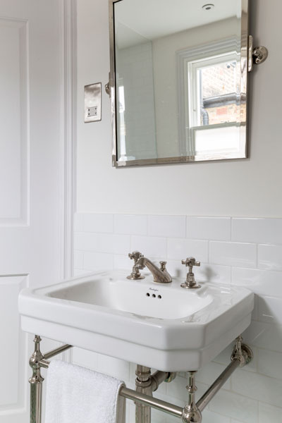 0401-traditional-bathroom-sink-metro-tiles-kilburn-vorbild-architecture