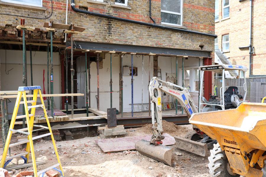 0431 - Refurbishment and large contemporary extension in Teddington vorbild-architecture-14