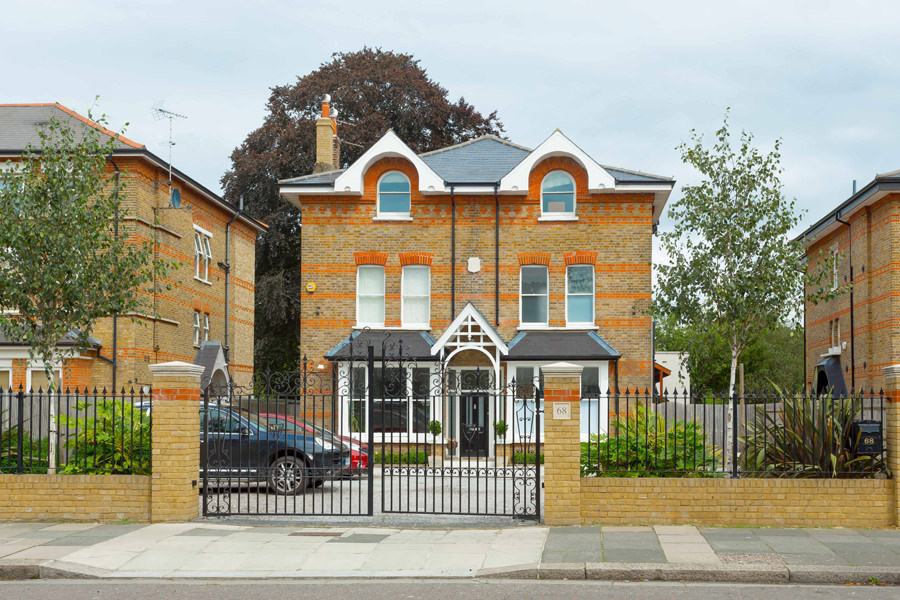 0431 - Refurbishment and large contemporary extension in Teddington -vorbild-architecture-1