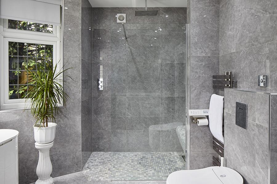 0568-grey-walkin-shower-ensuit-vorbild-architecture-mill-hill-47