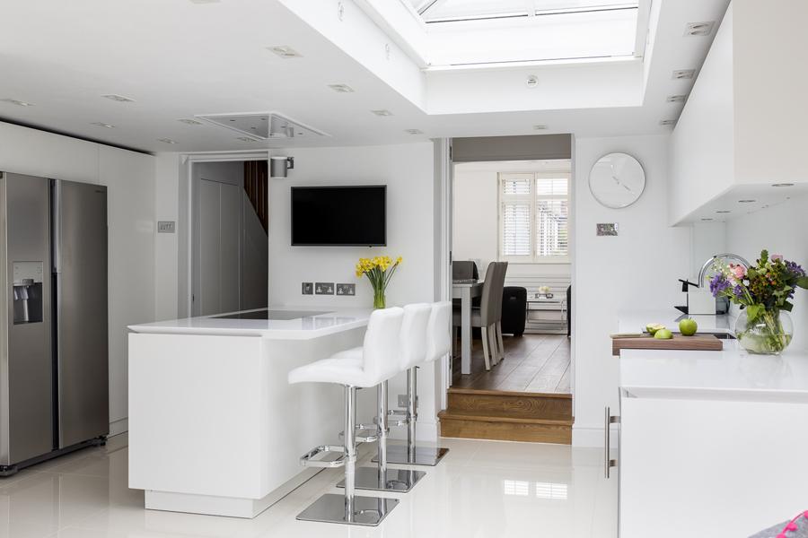 0605-rear-kitchen-extension-high-gloss-white-vorbild-architecture-30
