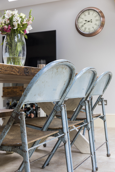 647-rustic-industrial-metal-dining-chairs-vorbild-architecture-chiswick-39