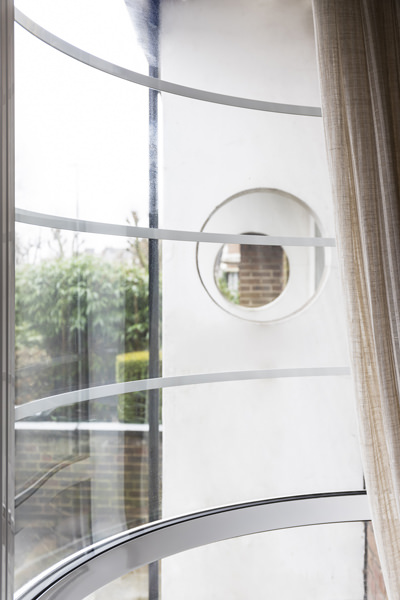 0344-vorbild-architecture-hampstead-curved-window-39