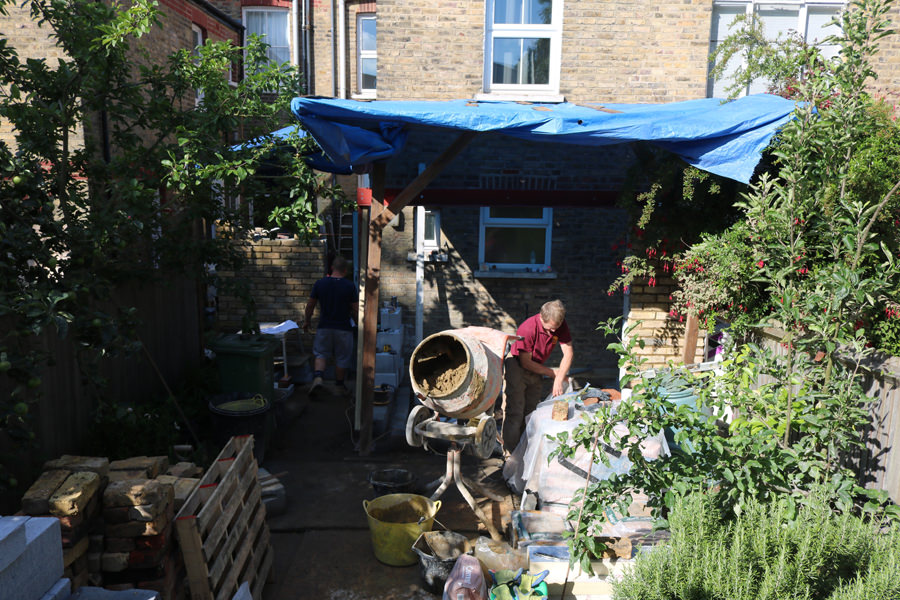 0527 construction of rear and side extensions in NW5 London
