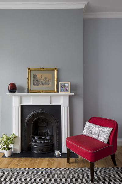 0557 traditional english living room with iron fireplace and white surround with grey walls in wimbledon london