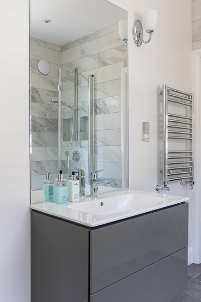 0600-family-bathroom-vanity-unit--42