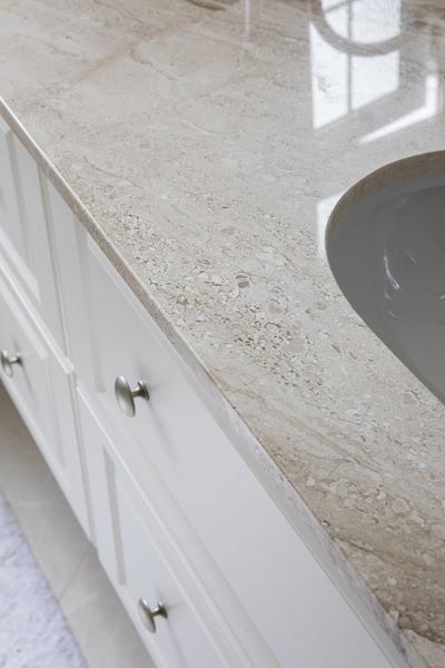0600-master-bathroom-vanity-unit---35