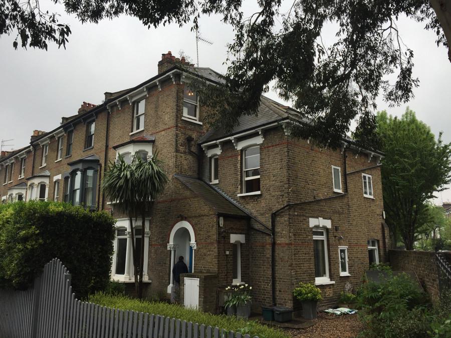 0634-internal-refurbishment-rear-dormer-in-top-floor-apartment-in-Tufnell-Park-vorbild-architecture-002