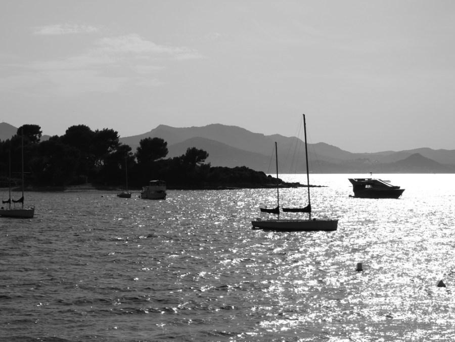 South-of-France,-boat-design,-vorbild-architecture