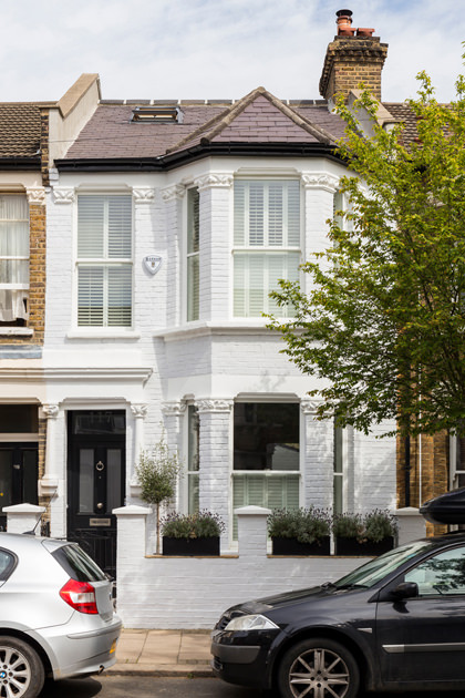 0401-london-townhouse-facade-terraced-house-nw6-vorbild-architecture