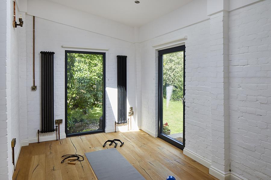 0788-home-gym-industrial-style-vorbild-architecture-grange-park-28