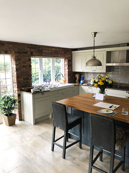 traditional English shaker kitchen Croxley Green