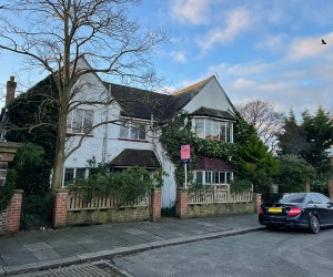 1098 Picturesque detached house in Richmond