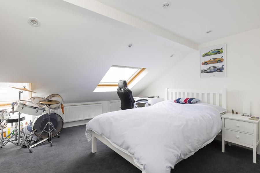 0605 - Complete refurbishment of a House in Hammersmith vorbild-architecture-boy-loft-bedroom-5
