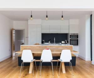 0558 Neue hintere Erweiterung eines Familienhauses in Surbiton