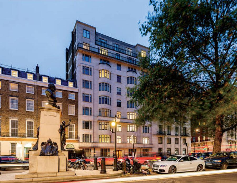 0587 - Art Deco Portland Place London 23