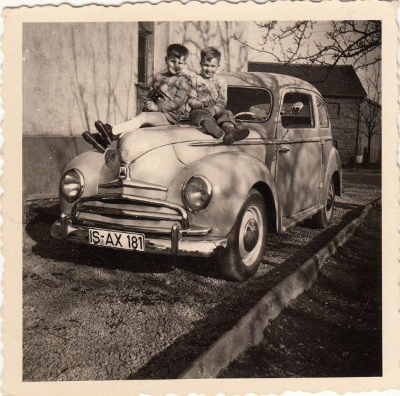 Ford_Buckeltaunus_1950