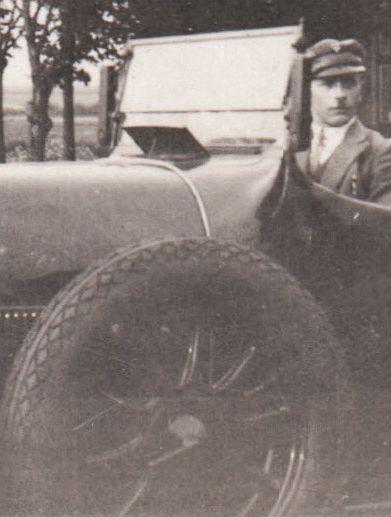 NAG_D4_Tourer_1929_Ausschnitt_2