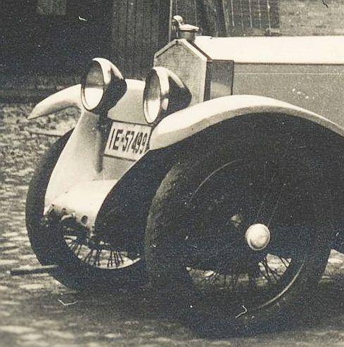 WAF_Tourenwagen_Reichswehr_1920er_Jahre_Frontpartie