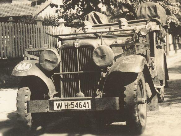 Stoewer_M12_RW_Kübelwagen_Normandie_1940_1_Ausschnitt