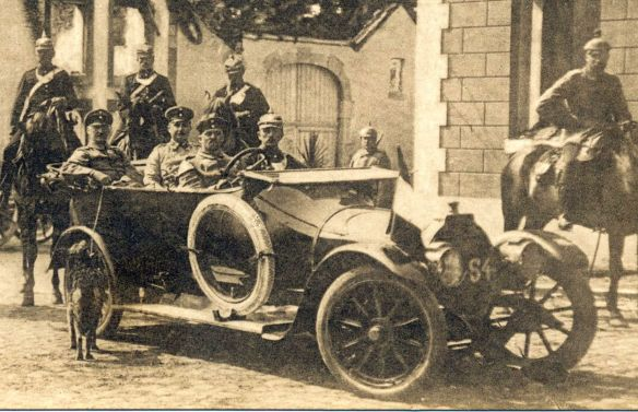 nsu_10-30ps-tourenwagen_1914_in_battice_ausschnitt