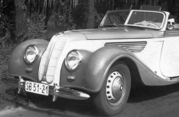 BMW_327_Cabriolet_a_Frontpartie