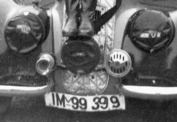 BMW_327_Coupe_Kriegsaufnahme_Ausschnitt1