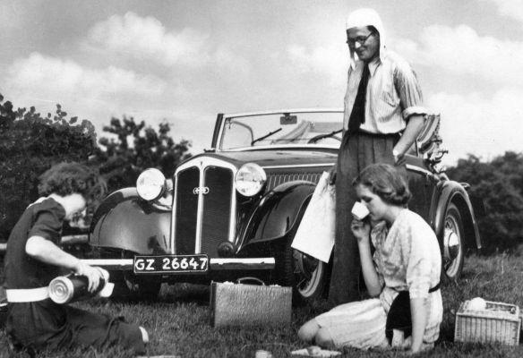 DKW_F5_Front_Luxus_Cabriolet_2--sitzig_Feldpost_Ausschnitt