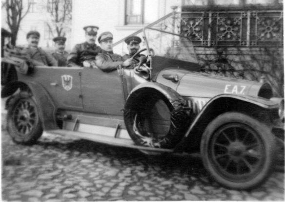 Opel_evtl_10-24_PS_um_1912_Ak_Oskar_an_Cousine_Paula_01-1916_Galerie