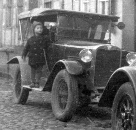 Wanderer_W8_5-20_PS_und_W_10-1_Cabrio_WerdenhagenMV_Dierks_03-1928_Ausschnitt1