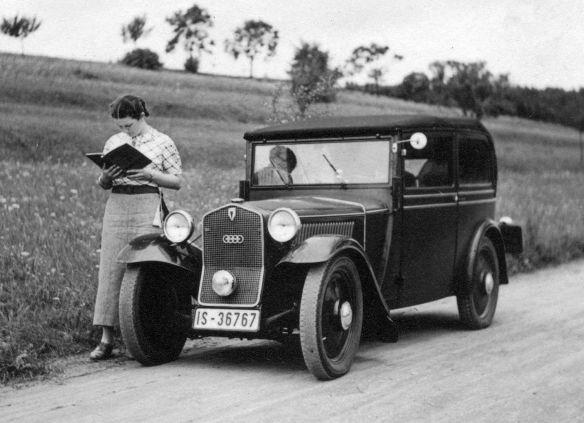 DKW_F1_07-1936_an_der_Pegnitz_Galerie