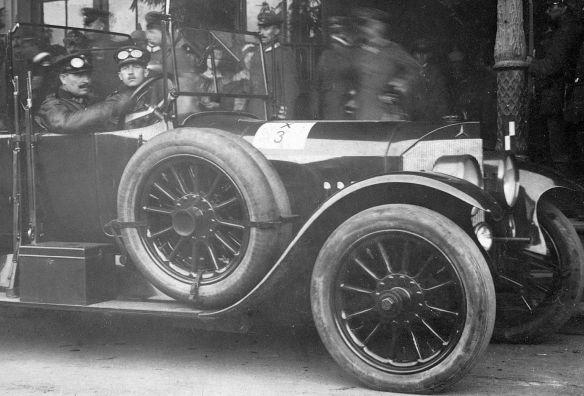 Mercedes_Kaiser_Wilhelm_08-1917_Ausschnitt2