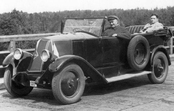 Renault_Type_KZ_10_CV_1926_Galerie