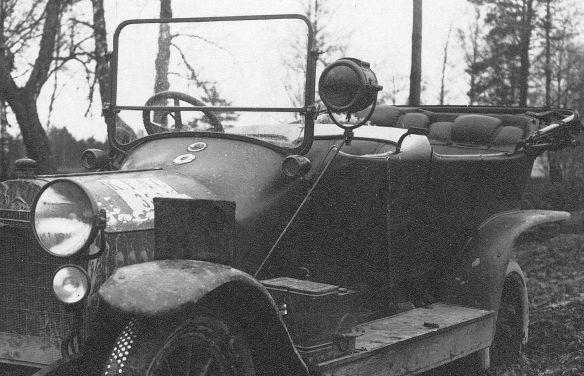 Mercedes_ca_1910-12_Wk1_1916_Seitenpartie