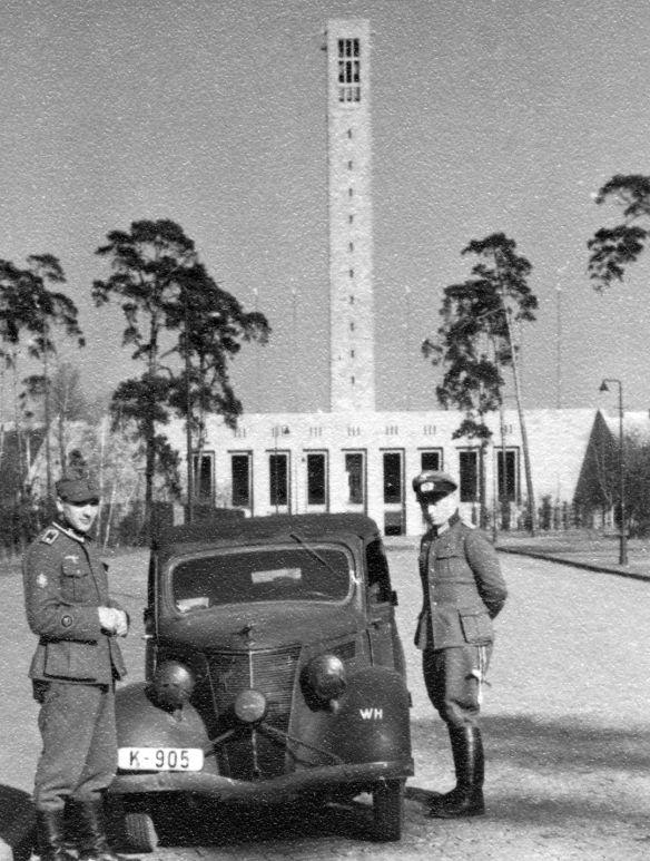 Ford_Eifel_ab_1937_Olympiagelände_Berlin_Galerie