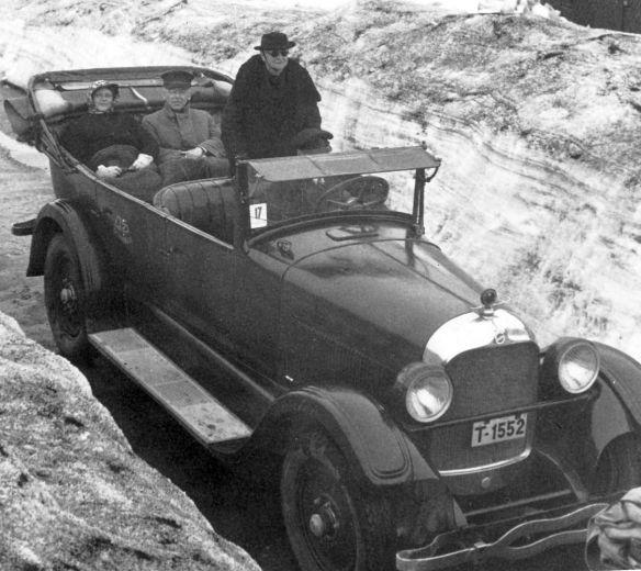 Buick_Djugerwandhütte_1938_Galerie