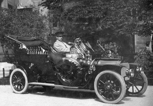 Mercedes_Prof_Döderleins_Wagen_München_1911_Galerie
