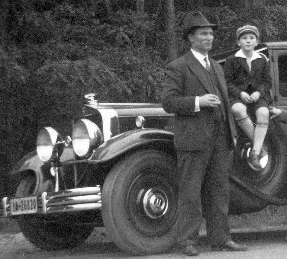 Horch_375_b_Buckow_Sächs_Schweiz_10-1938_Frontpartie