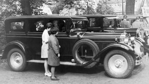 Packard_Eight_1927_DDR_Galerie