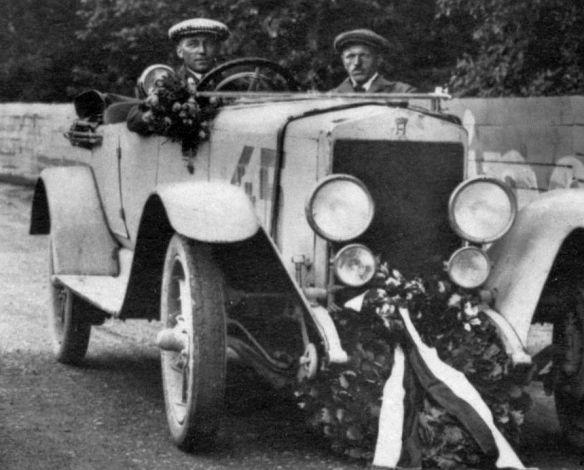 Horch_10-50_PS_24h_Zuverlässigkeitsfahrt_Taunus_1925_Siegerteam_Wagen3