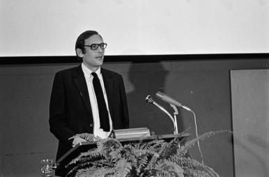 uitreiking Frans Duwaerprijs, 17-12-1971. Collectie Beeld en Geluid